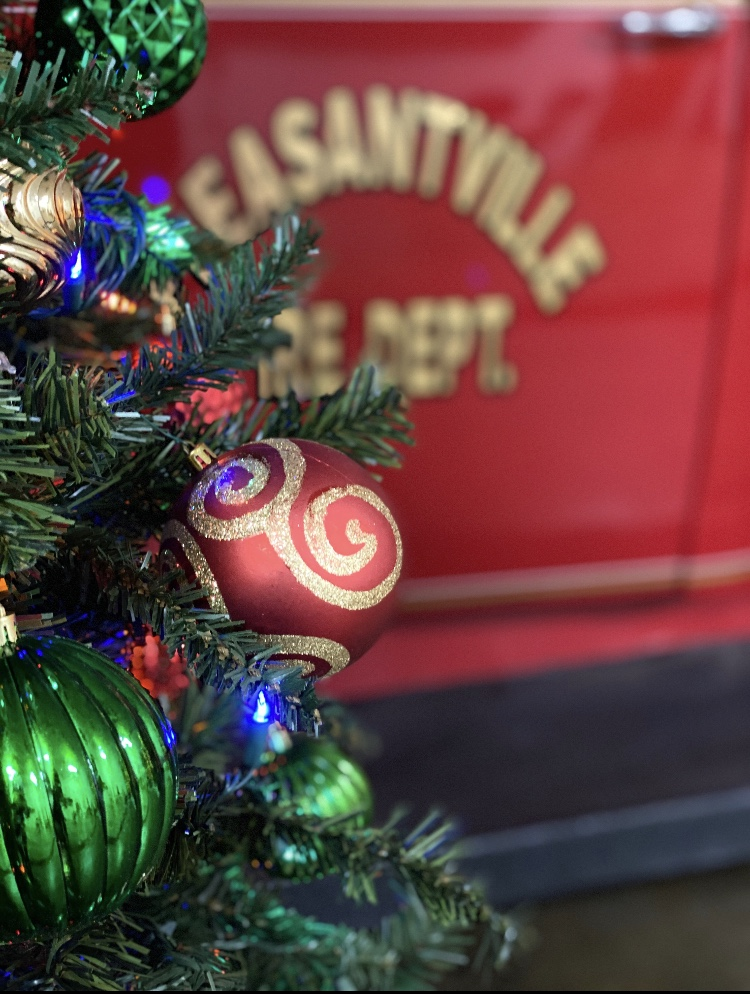 christmas tree, fire truck door